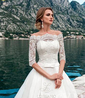 красивое свадебное платье лодочкой