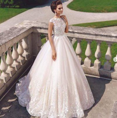 Шикарною платье свадебное