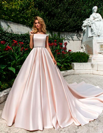 атласное свадебное платье персиковое