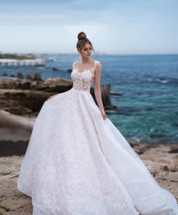 свадебное платье без рукавов