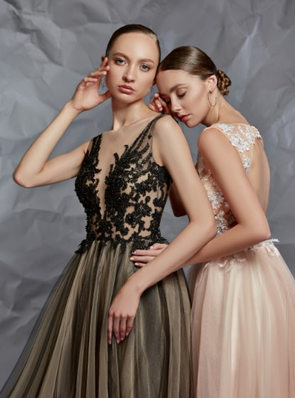Вечерние платья на основе цвета нюд