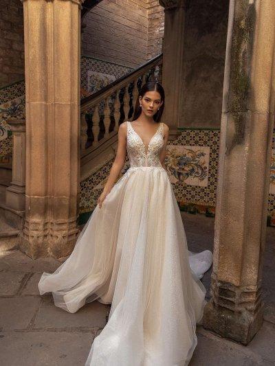 Свадебное платье 4 с V вырезом