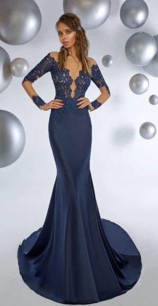 Вечернее платье рыбка с рукавом синее